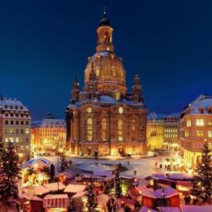 580x580_frauenkirche_weihnachtsmarkt_neumarkt_c_j_rg_sch_ner