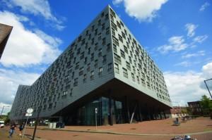 Architecture_Amsterdam_Whal-560x372