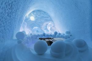 ICEHOTEL, Jukkasjärvi, konstkatalog 2012/2013. 344 Dragon Residence  Bazarsad Bayarsaikhah, Mongolia mongolcarvers@yahoo.com